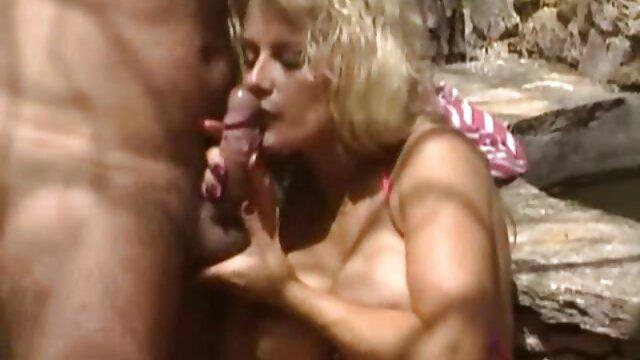Բար մասնավորապես, պոռնկագրական կոմիքսները ոչ ոք չեն Ribeiro Mata ընկերուհին