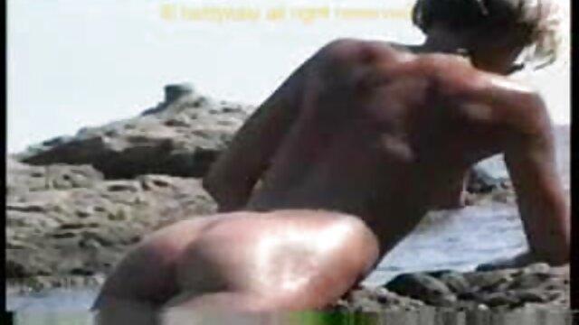Մոդել Ուիթնի Մորգանը ՝ ձերբակալված և կոմիքս պոնո կոնվենցիայով կապված